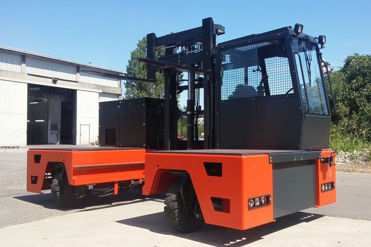 Multidirectional side lift truck electric MSE